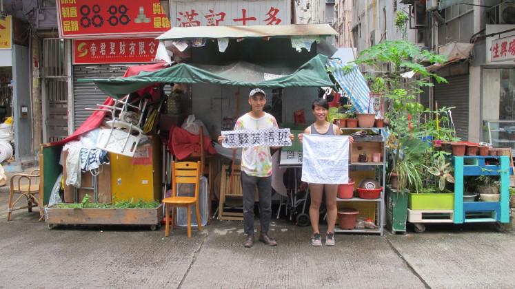 Street market stall in Yau Ma Tei, Hong Kong, Michael Leung, Commons